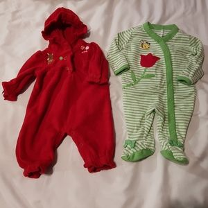 2 Gymboree outfits 5-9lbs